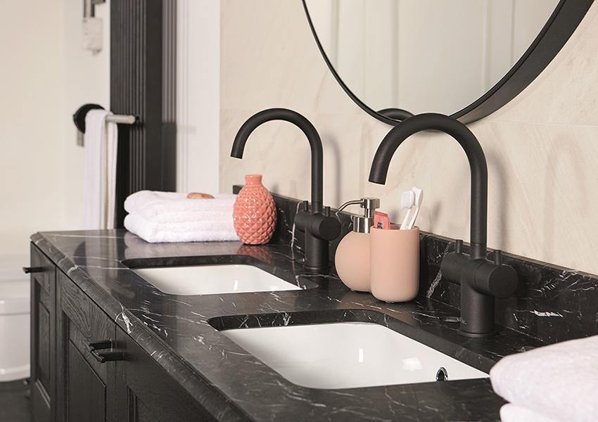 Spiegel Zwart Rond : Zwarte producten in de badkamer onze favorieten inspiratie